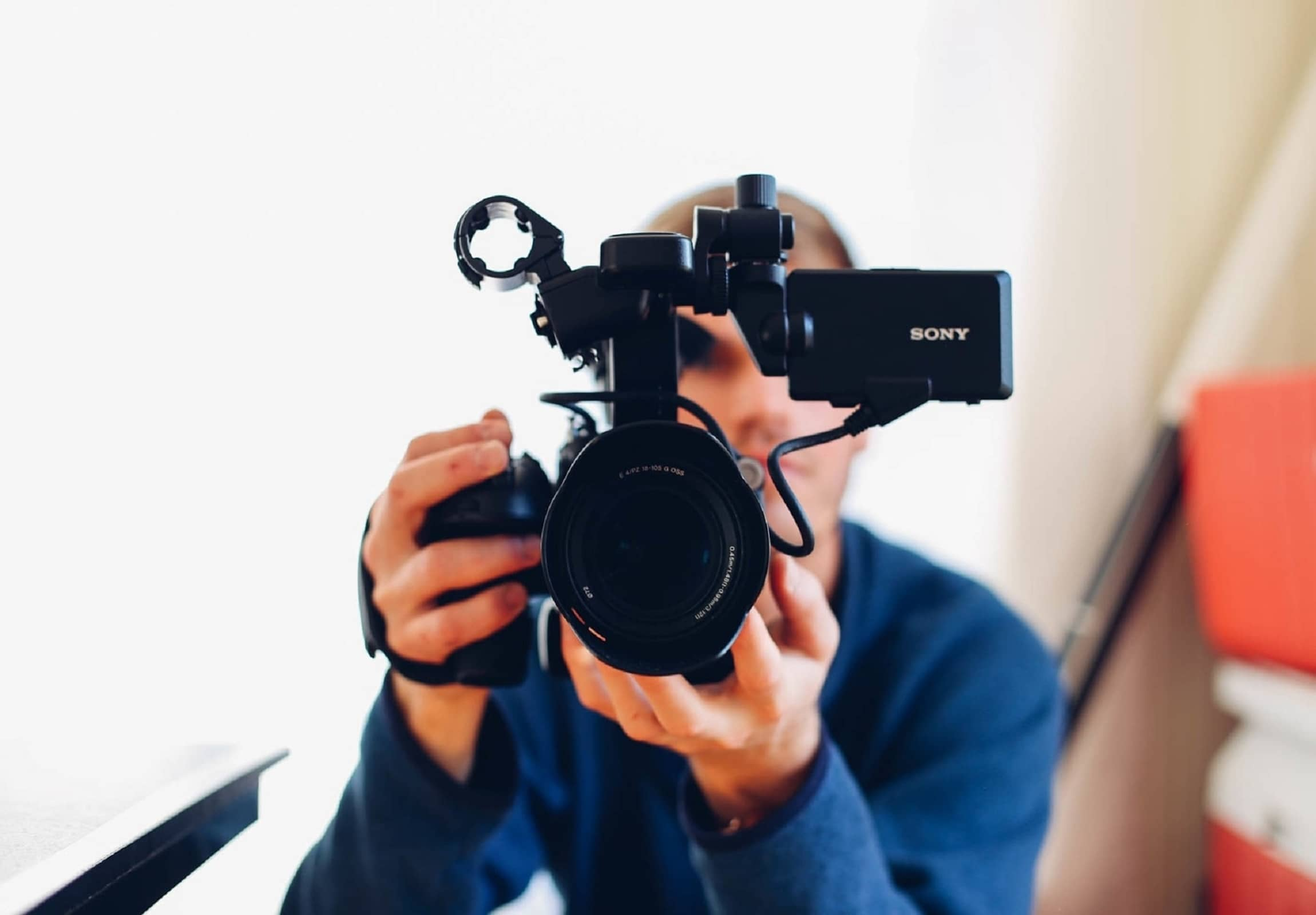 DataLine- Videography Company in Qatar